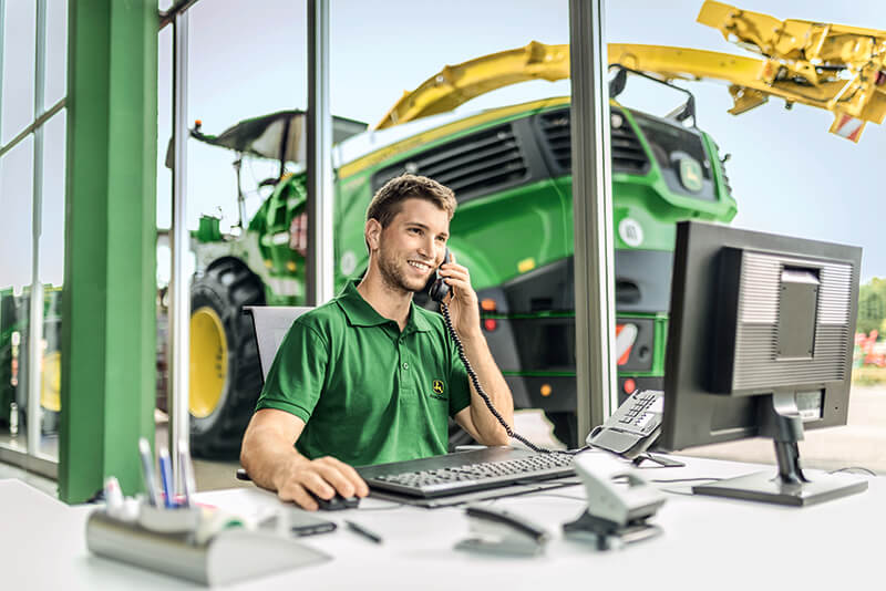 call-center-john-deere